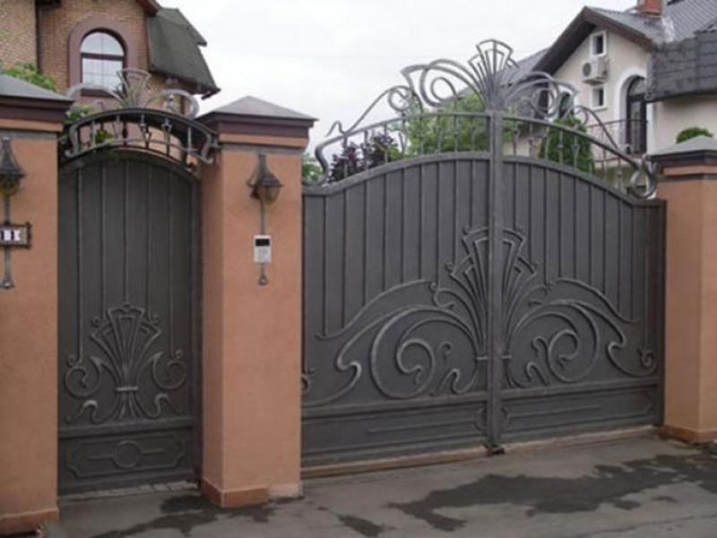 Кованые ворота в Волгограде. Пример работы №2